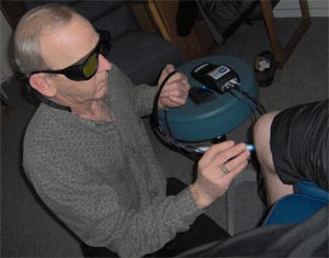 Laser Therapy applied to patients knee